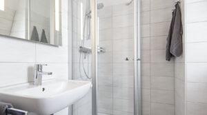 Badezimmer im Hotel Zur Post in Cuxhaven Duhnen
