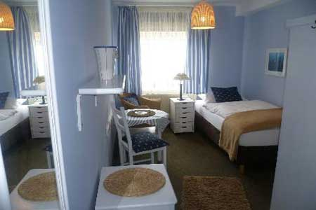 Einzelzimmer im Hotel und Gaestehaus Weiss in Cuxhaven