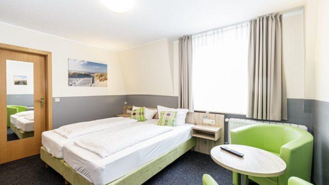 modernes Doppelzimmer im Gästehaus Alexandra